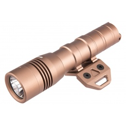 Opsmen FAST502K WeaponLight 800-Lumen Flashlight for KeyMod - TAN