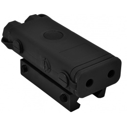 Bravo PEQ-10 Flashlight and Green Laser Combo P10 Box - BLACK