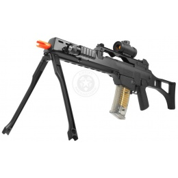 DE R36K Spring Airsoft Rifle w/ Flashlight + Red Dot Scope