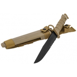 AMA Tactical Dummy Bayonet w/ Blade Cover for M4/M16 - TAN
