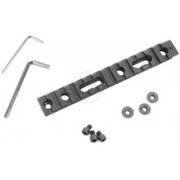 AIM Sports M4 / M16 Airsoft Handguard 20mm Weaver Accessory Rail