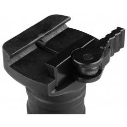 T&D Airsoft Short Polymer Vertical Foregrip w/ Clamp - BLACK